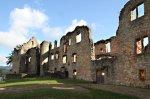 Wandern Sie entlang dem Vier-Burgenwanderweg.